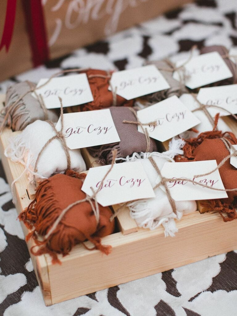 36 Delightful Fall Wedding Favors Guests Will Really Use | WebBabyShower