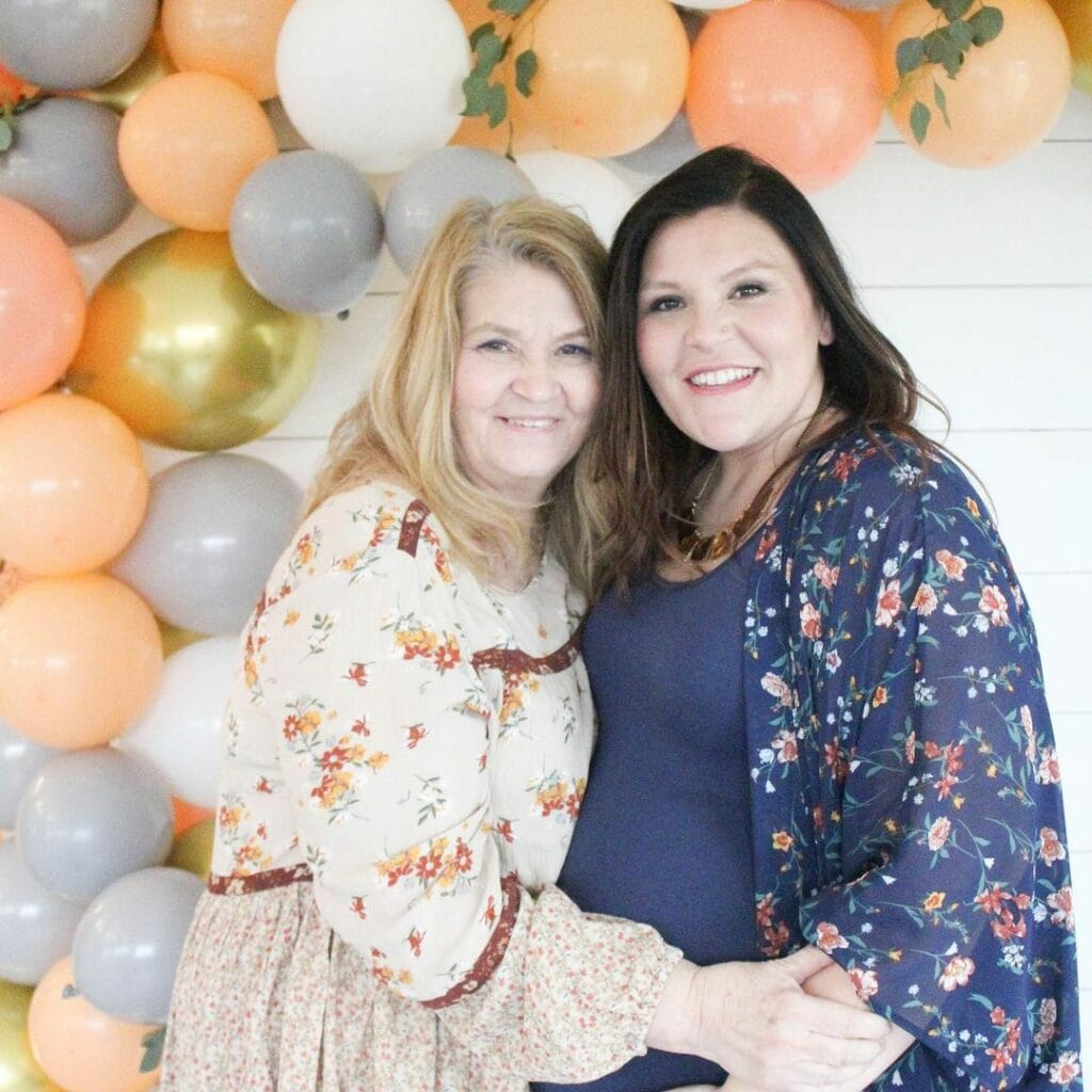 baby shower etiquette for grandma with mom