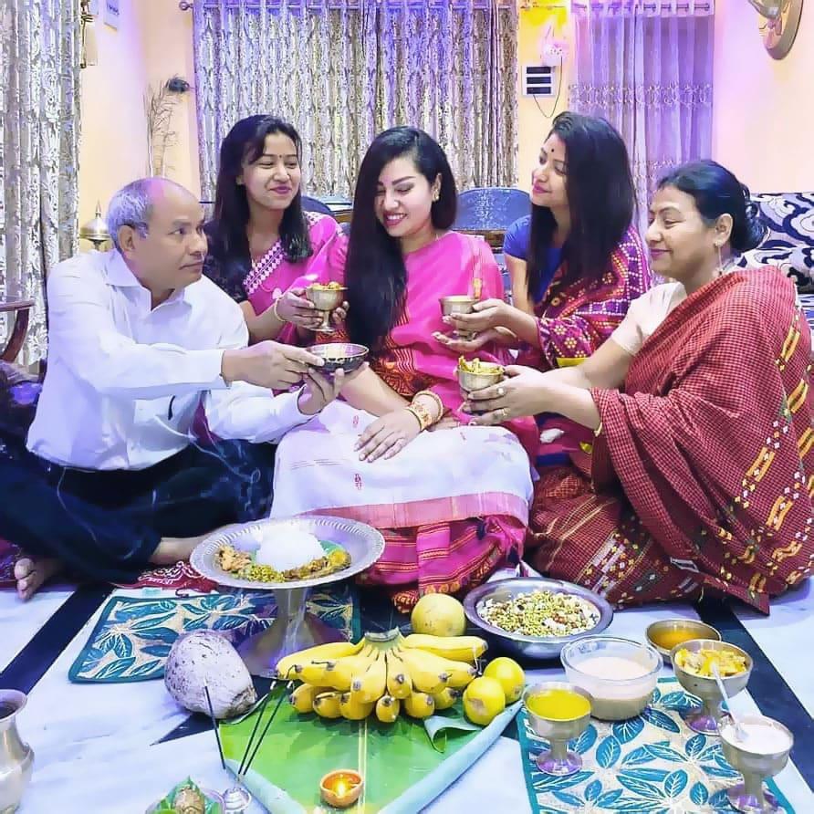 wbs instagram image babyshowertradition godhbharai 1 | WebBabyShower